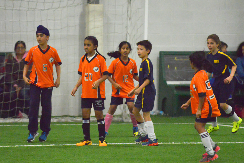 U10 Indoor Soccer 2015 (10 of 36).jpg