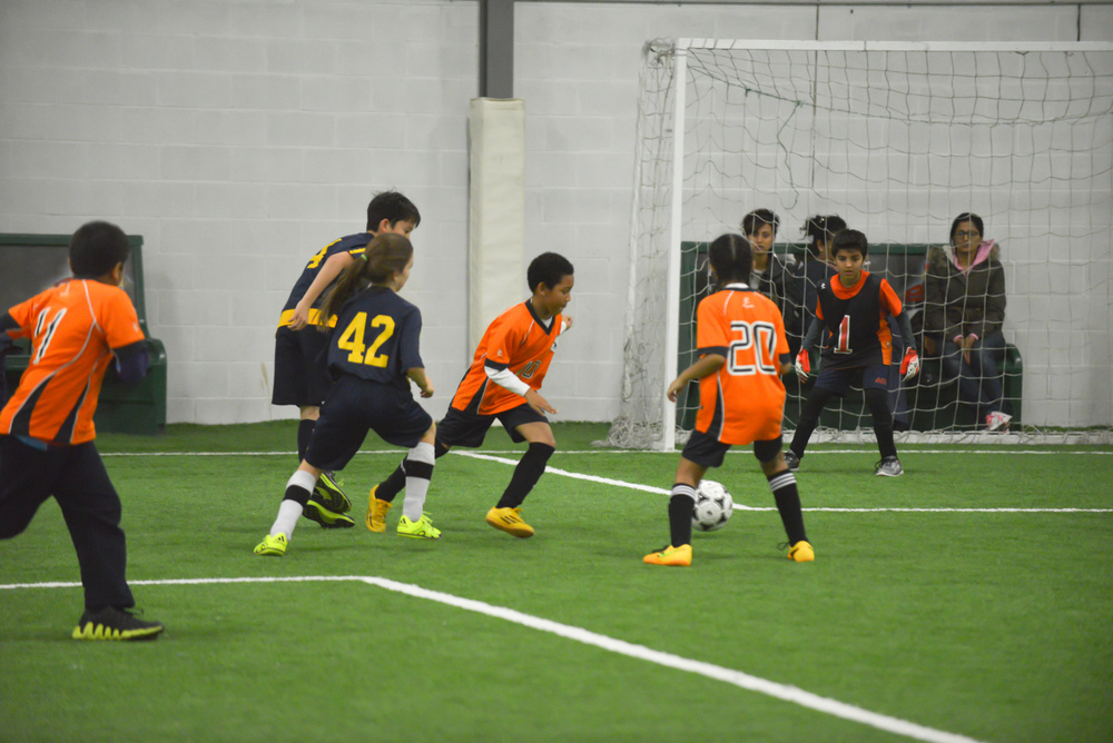 U10 Indoor Soccer 2015 (15 of 36).jpg