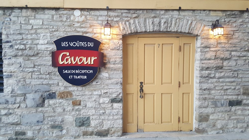 You won't find a more Quebec entrance to a restaurant