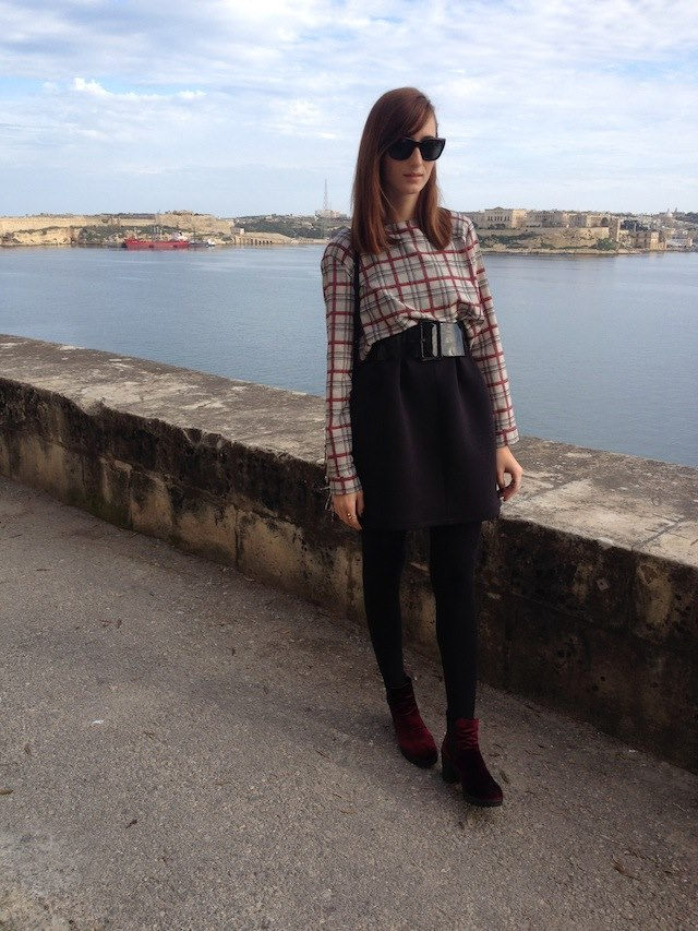 Top and bag byZara| dress and belt byPull&Bear| boots byAsos