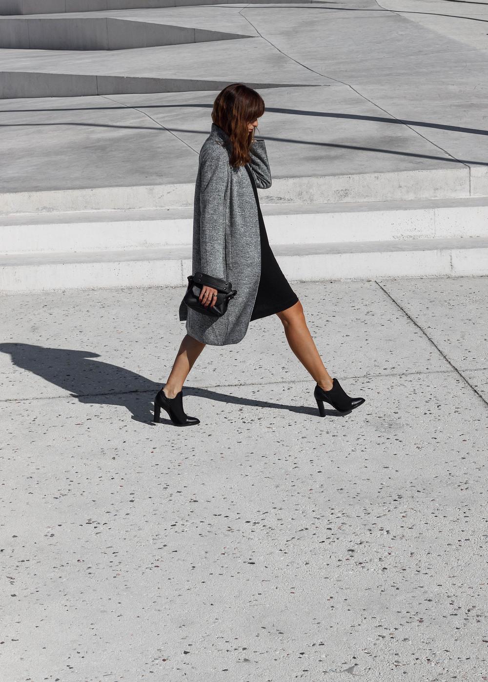 claire clouded revolution calvin klein jeans malta