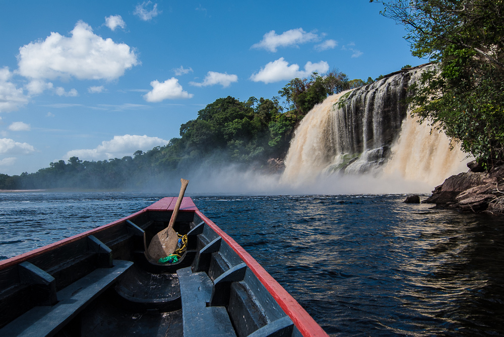 Canoe Journey to Canaima Waterfall
