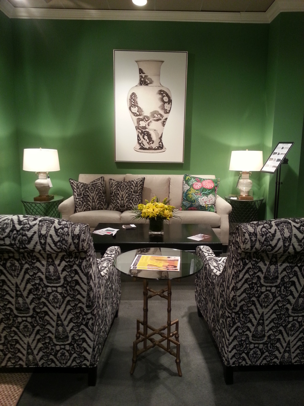 This Kelly Green color was so vibrant in the   CR Laine   showroom. I loved it paired with yellow, black and white and a few touches of gold.