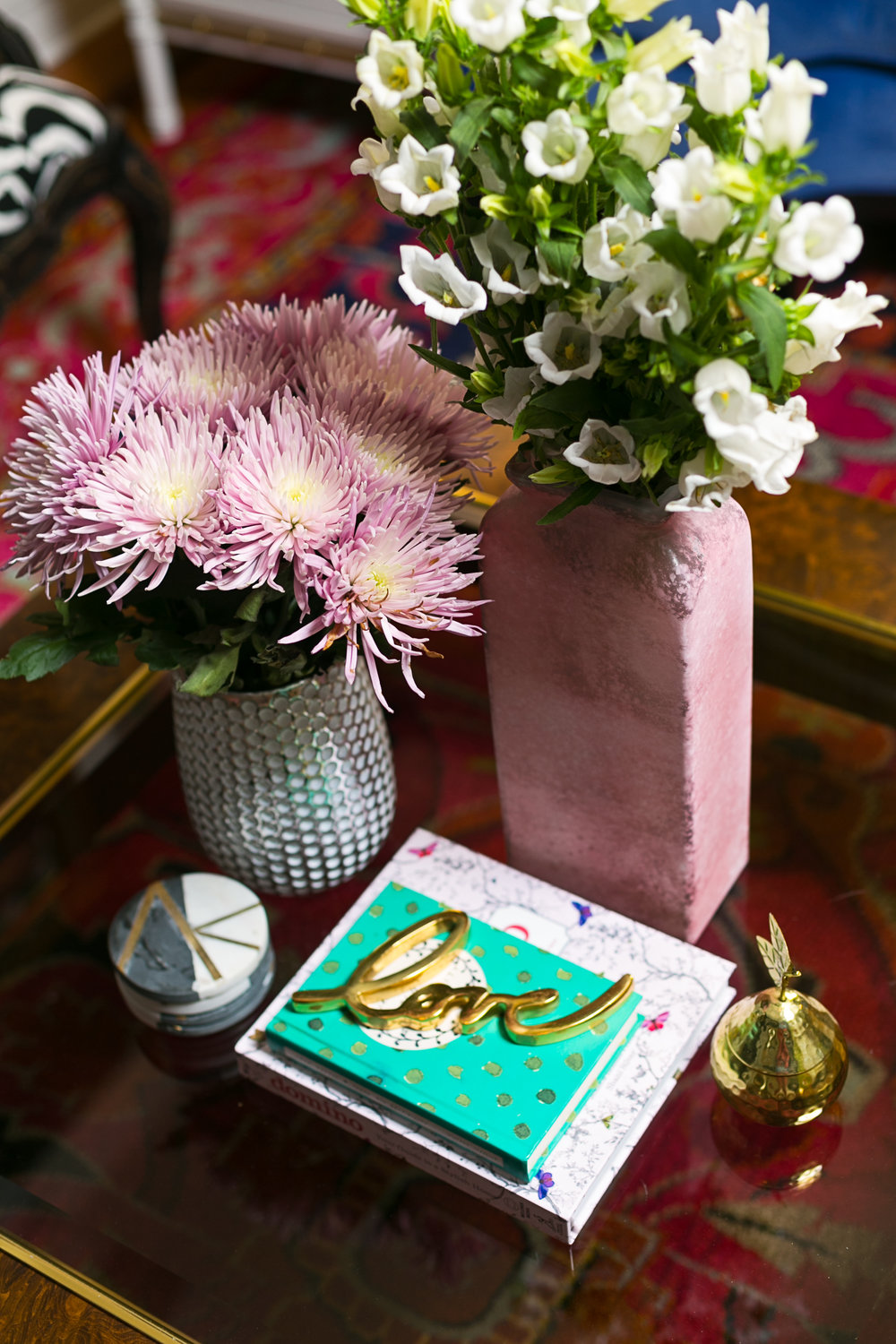 eclectic coffee table styling_lisa gilmore design
