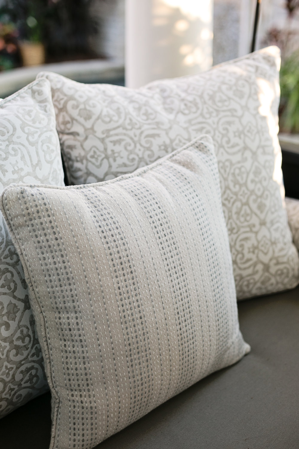 pattern_outdoor_pillows_lisagilmoredesign