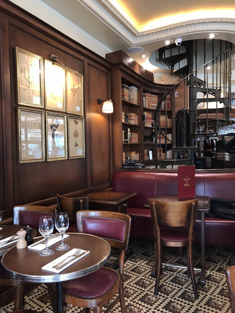 paris cafe interior design