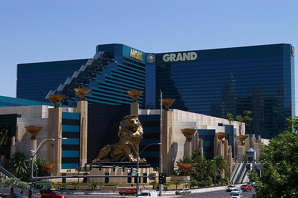 MGM Grand Hotel Casino 1.jpg