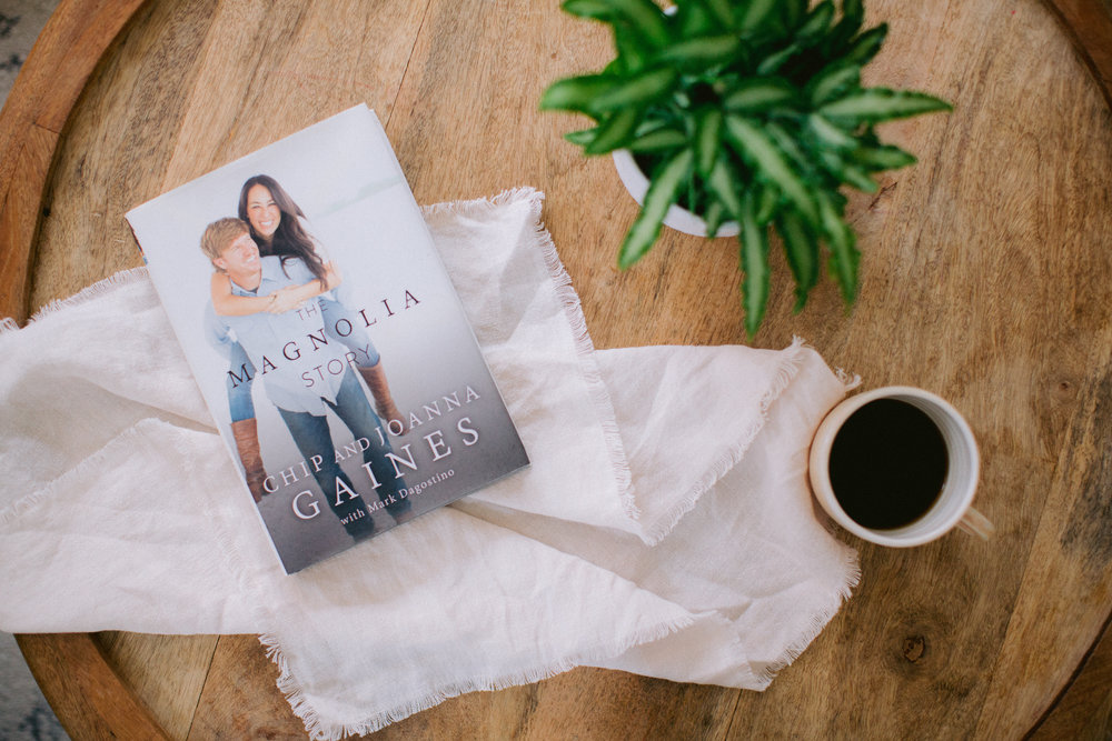 Chip & Joanna Gaines - THE MAGNOLIA STORY COVER SHOOT