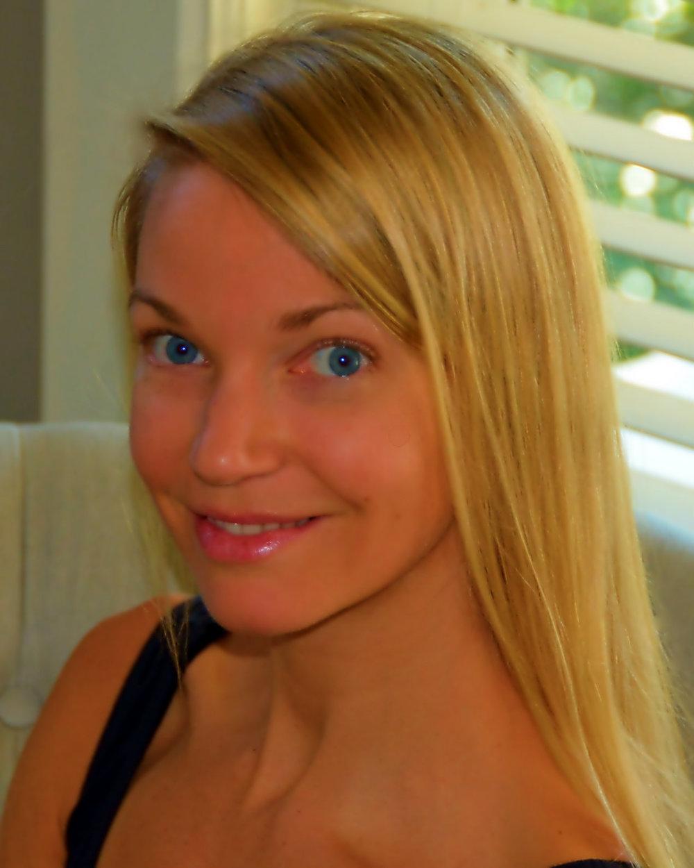 Dr. Julie Flynn