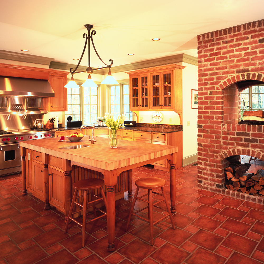 kitchen_brick_oven.jpg