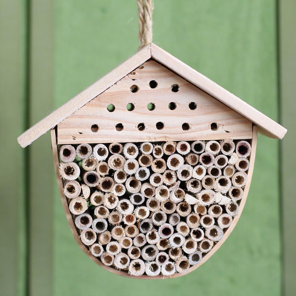 Bee House 01.jpg