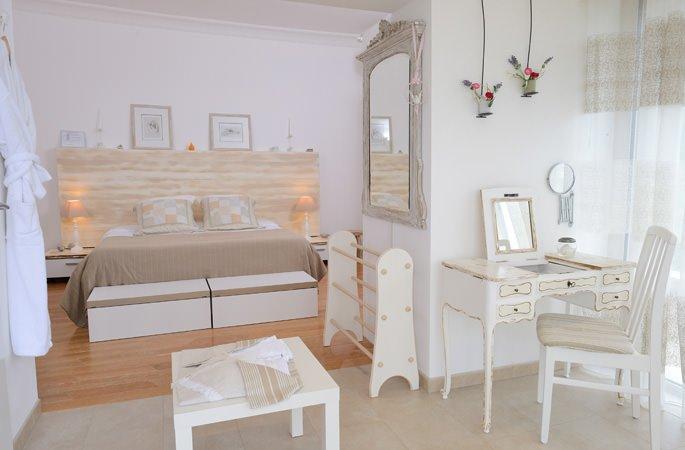 maison-hotes-bleu-azur_chambre-hotes_7.jpg