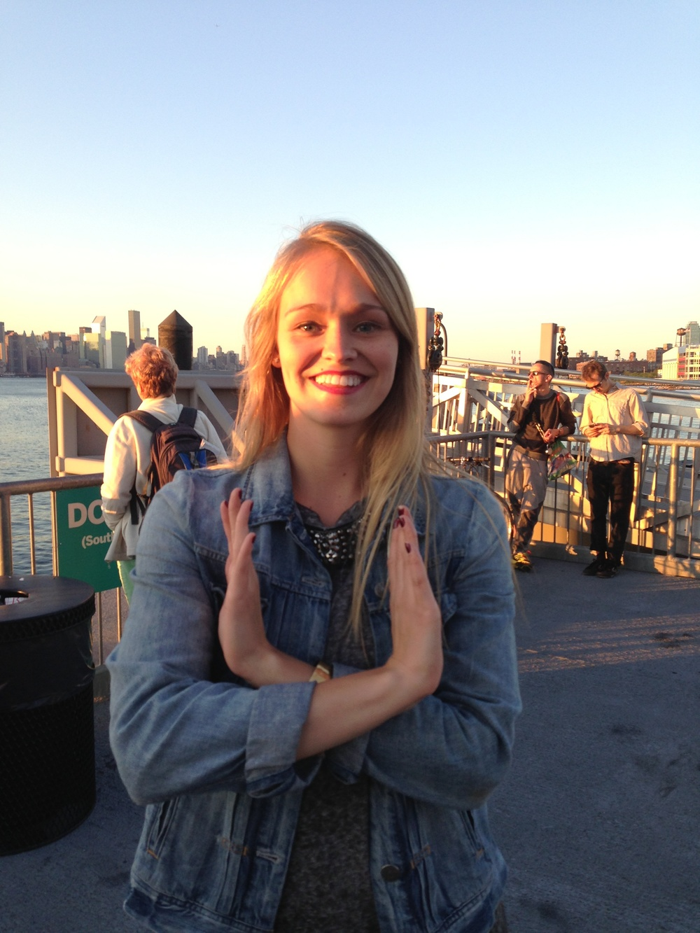 """On """"Dance Like A White Girl"""" video set. Kristen is doing the white girl sign  #DanceLikeAWhiteGirl"""