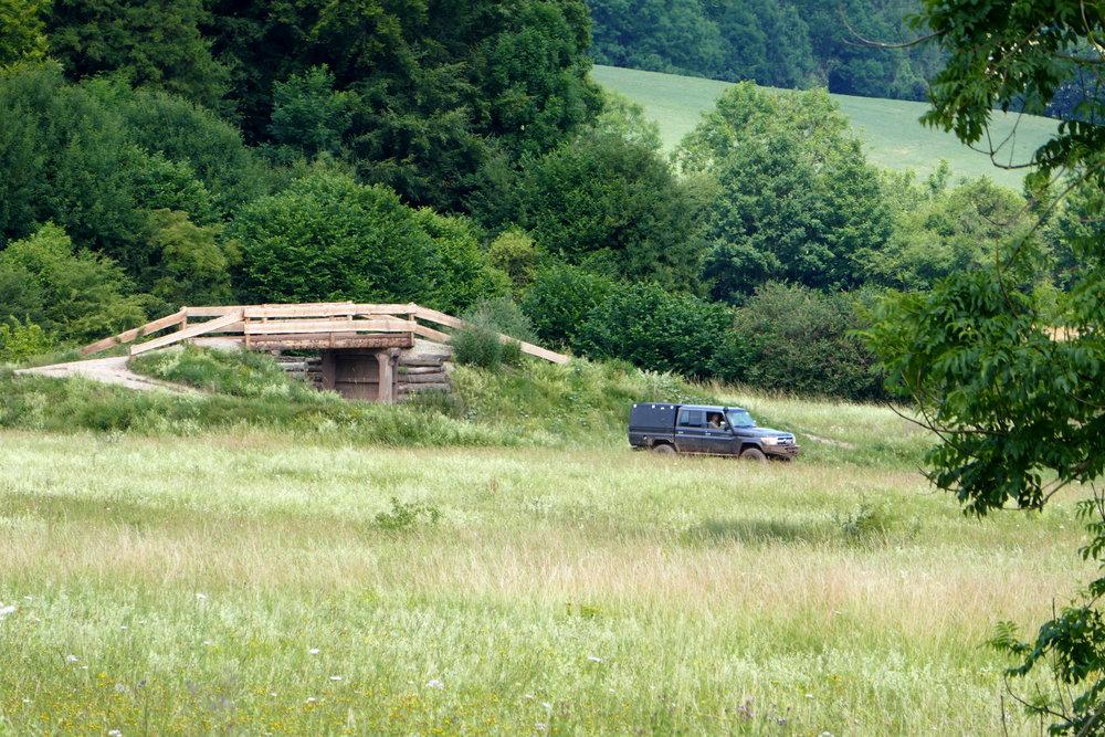 Geländewagen auf dem 'Männerspielpaltz' Mammut