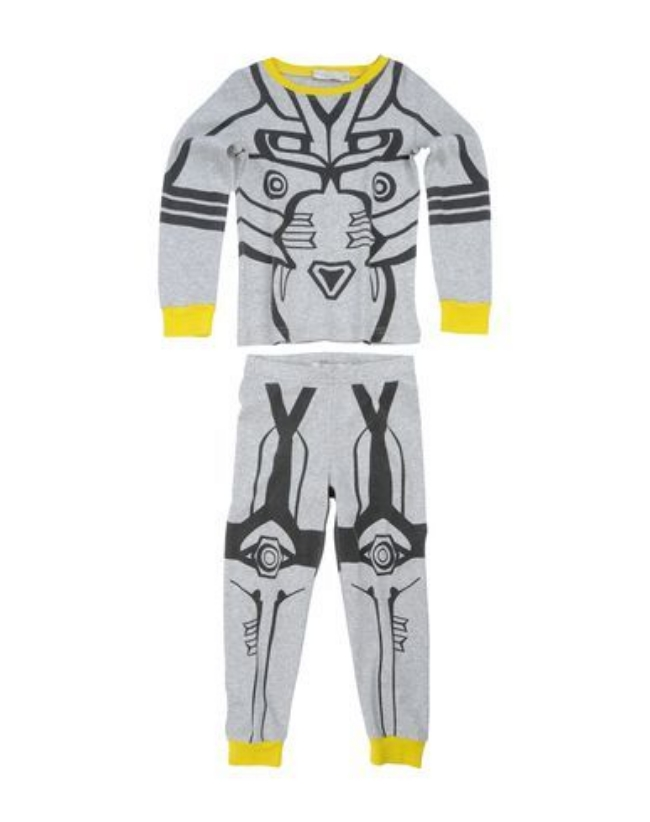 These Stella McCartney LOUIE PYJAMAS are a soft and cozy organic cotton with a super cool Robot Print. Boys will love getting ready for bed in these Cool Robot Print two-piece Pajamas with fun pop color as trim.