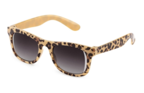 These H&M Sunglasses ($5.95) have patterned plastic frames, tinted lenses, and are UV-protective.  They are available in 3 patterns; leopard print (above), pink leopard print, and zebra print.