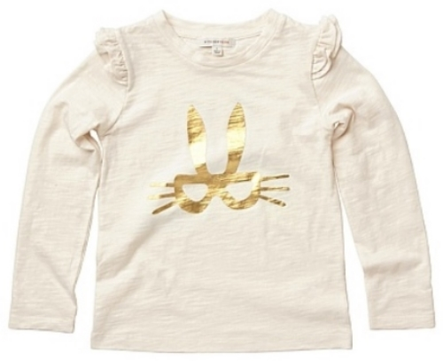 This  Witchery Kids Masked Rabbit T-Shirt  has pretty shoulder frills that make the Masked Rabbit Tee a step up from your average Graphic T-Shirt.The soft long sleeve T-Shirt has an adorable masked bunny in a shimmering foil print.