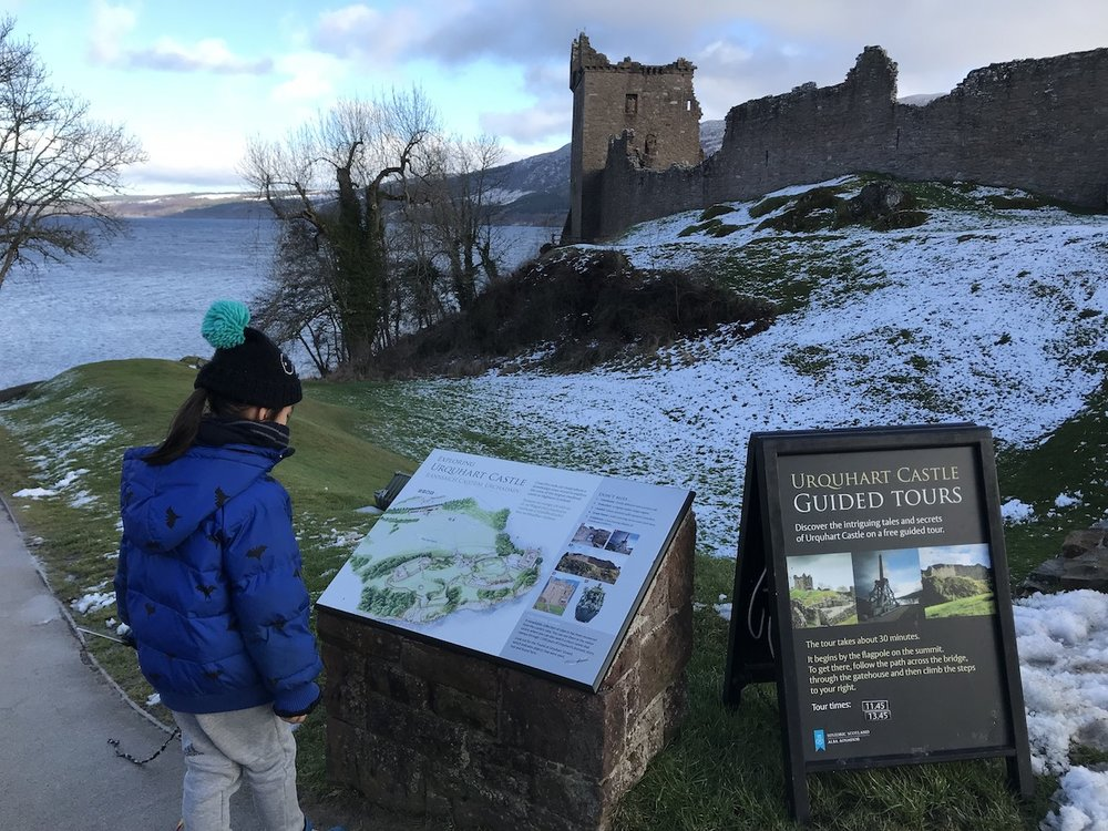 Mario at Urquhart Castle_1 | Petit-Swag.com
