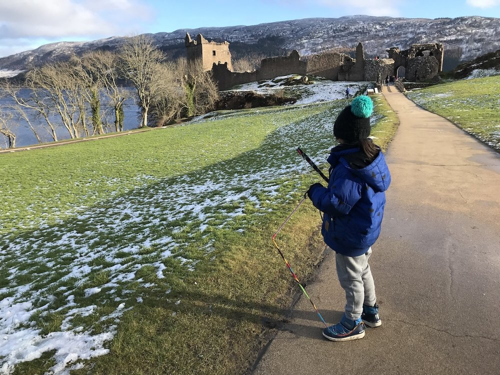 Mario at Urquhart Castle_3 | Petit-Swag.com