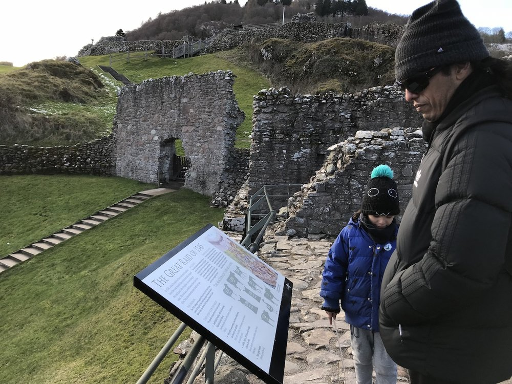 Mario at Urquhart Castle_5 | Petit-Swag.com
