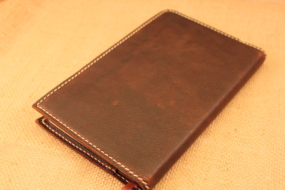 The stitching colors on the journals are limited to Cream, Dark Brown and Black.