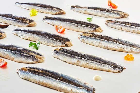 Hand fileted and produced, Bahia de la Concha boquerones and anchoas are among the best preserved fish in Spain. -