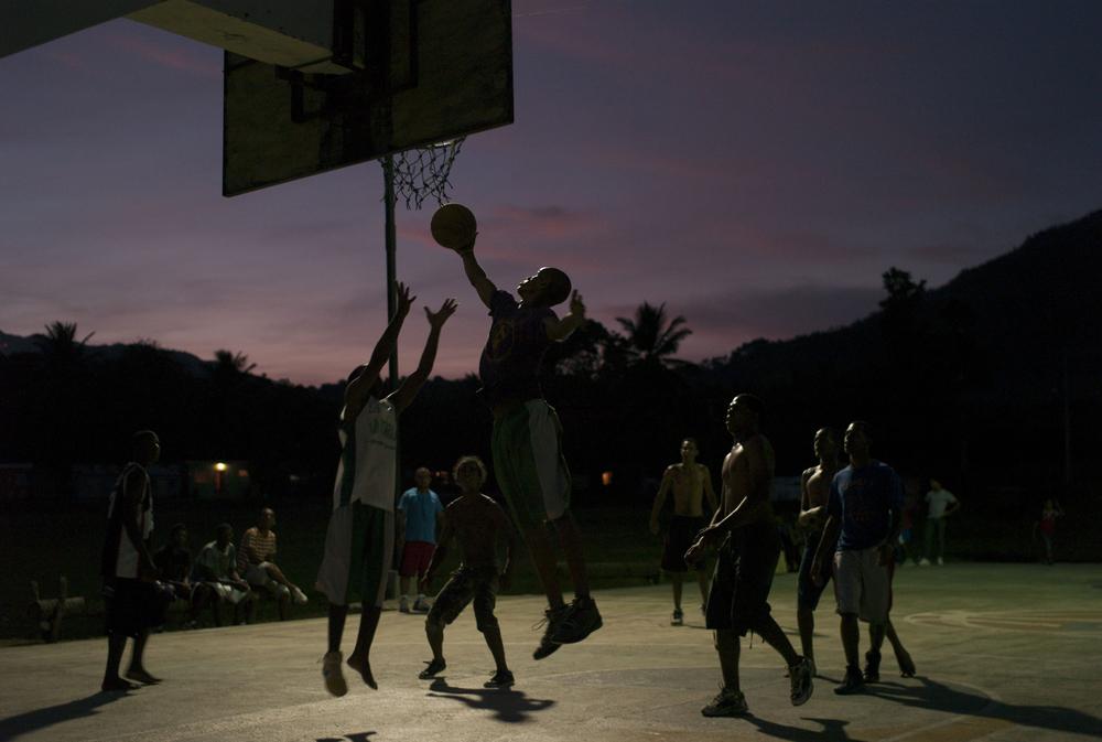 Pickup basketball, araiso, Dominican Republic.