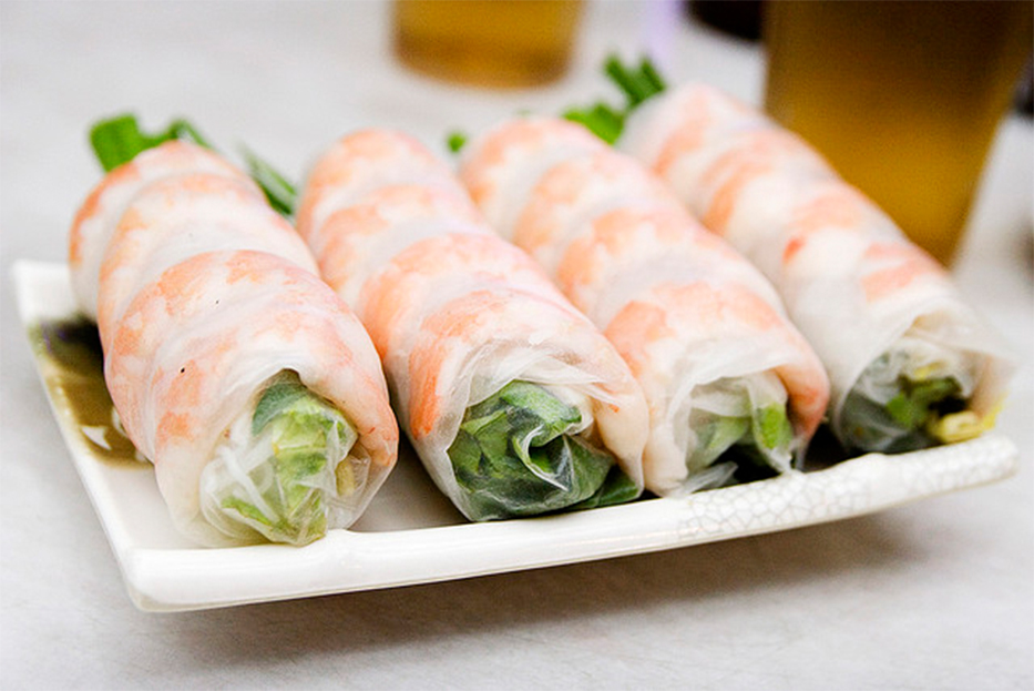 Spring roll.  An all time favorite, this rice paper wrap consists of lettuce, cucumbers, rice noodles and a mint leaf.   Start with one before your meal or grab a few as an entree.