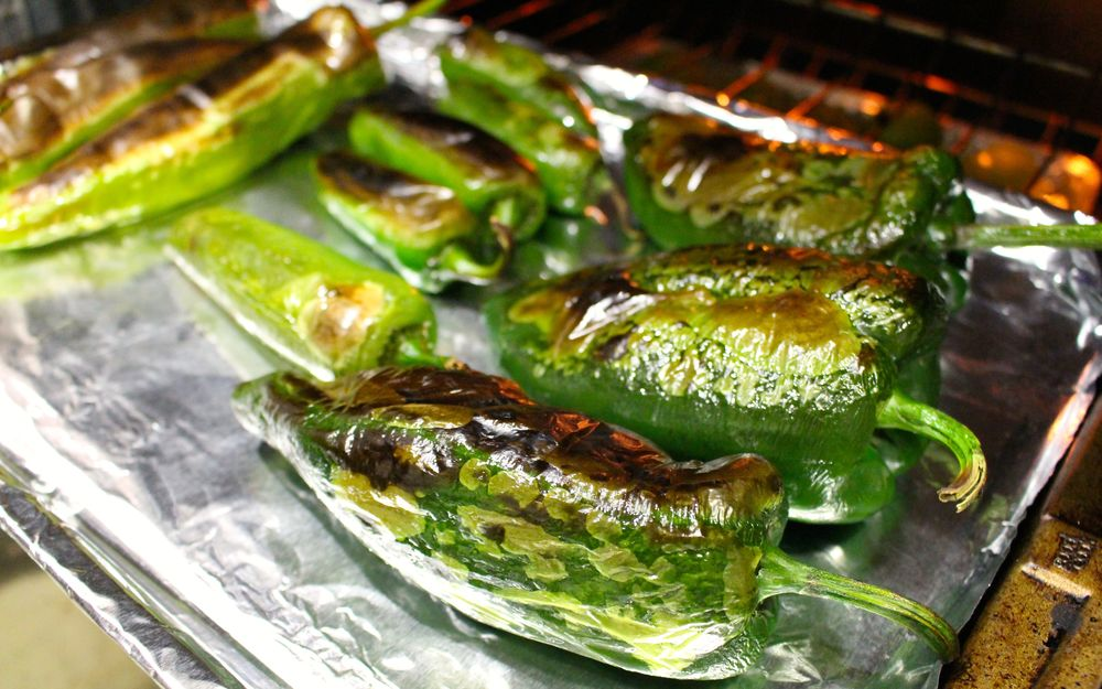 roasting green chili.jpg