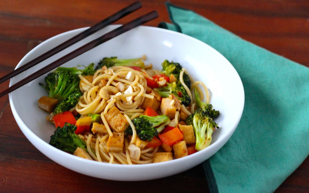 Sweet and Spicy Broccoli Noodle Stir-fry-Borrowed Salt