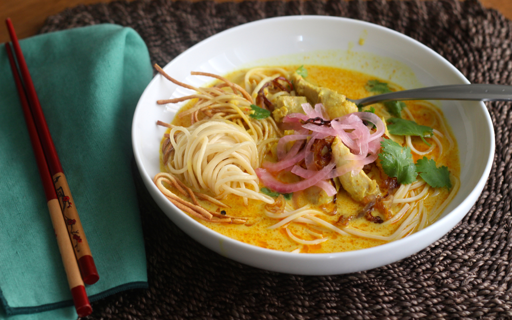 egg noodles with rich chicken curry sauce khao soi recipes khao soi ...