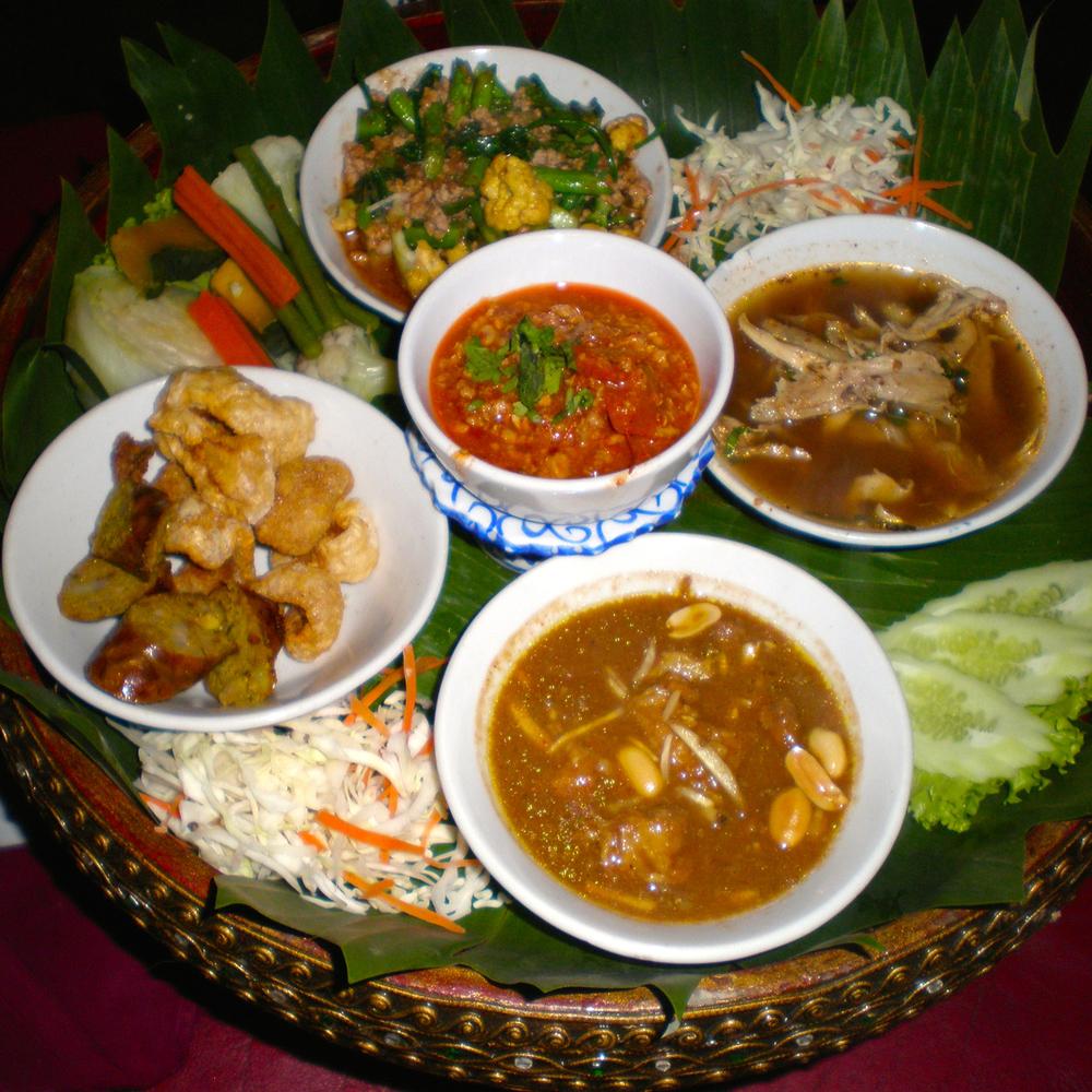 Thai platter.jpg