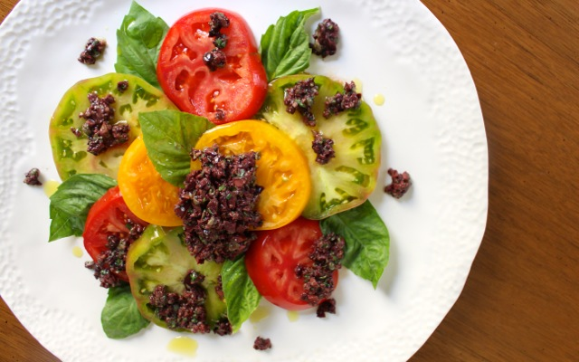 Tomato Tapenade Salad - Borrowed Salt