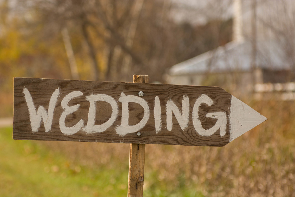 Milestone Barn Michigan Wedding Photographer