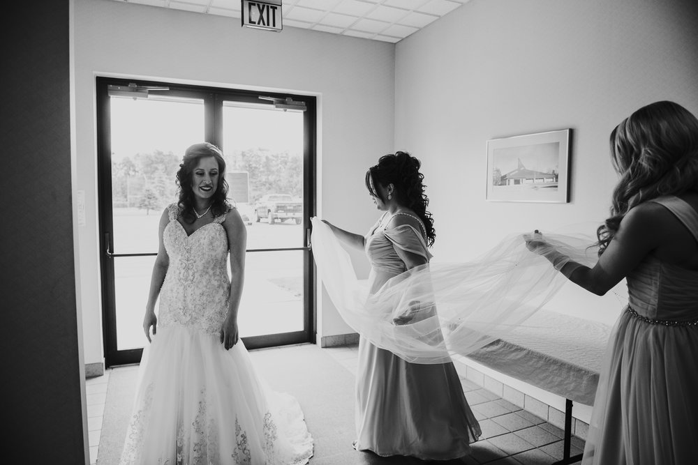 Bay City Wedding | Miss Lyss Photography | www.misslyssphotography.com