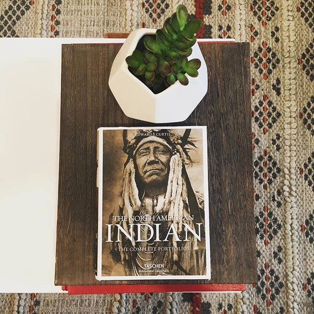 My type of interior decor🌵 . . #native #designer #accessories #nyc #907 #styling #style #trend #gift #giftsforher #love #fashion #leather #salmonleather #instadaily #instagood #weekend #beauty #nativeamerican #indigenous #navajo #photography #art #wild #girl #holiday #instamood #cute