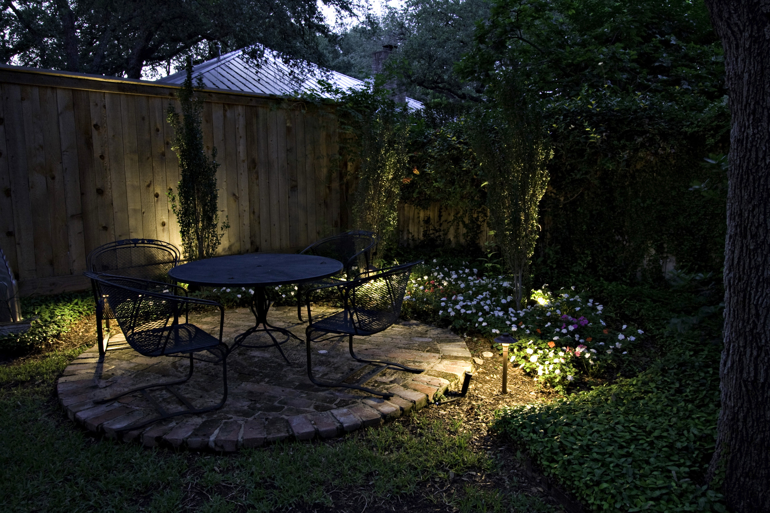 Landscape lighting landscapers nanaimo dj designs landscaping small spaces in your charlotte backyard can be mozeypictures Image collections