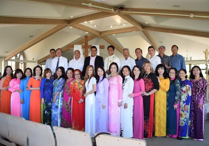 vietnamese choir 3.png