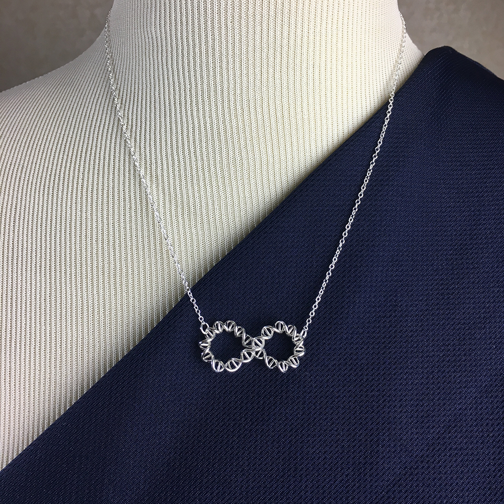 DNA Infinity Knot