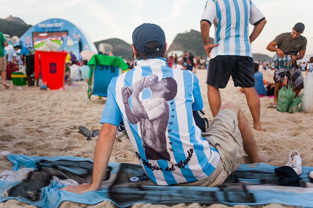 thehundreds-shayna-batya-brazil-copacabana-fifa-fan-fest-019.jpg