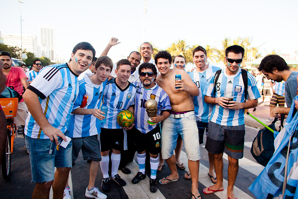 thehundreds-shayna-batya-brazil-copacabana-fifa-fan-fest-final-germany-argentina-018.jpg