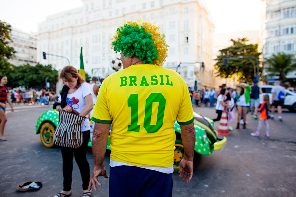 thehundreds-shayna-batya-brazil-copacabana-fifa-fan-fest-final-germany-argentina-022.jpg