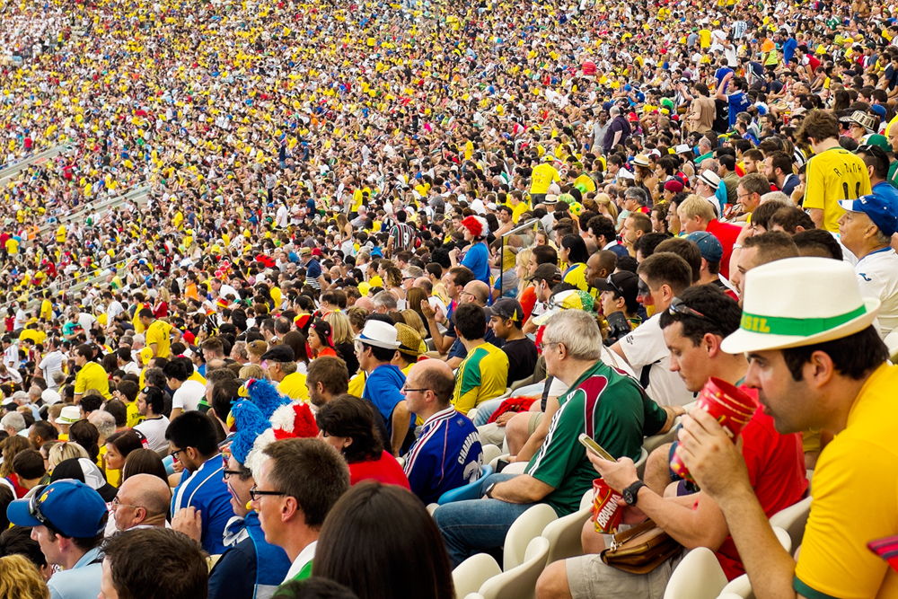 thehundreds-shayna-batya-worldcup-maracana-04.jpg