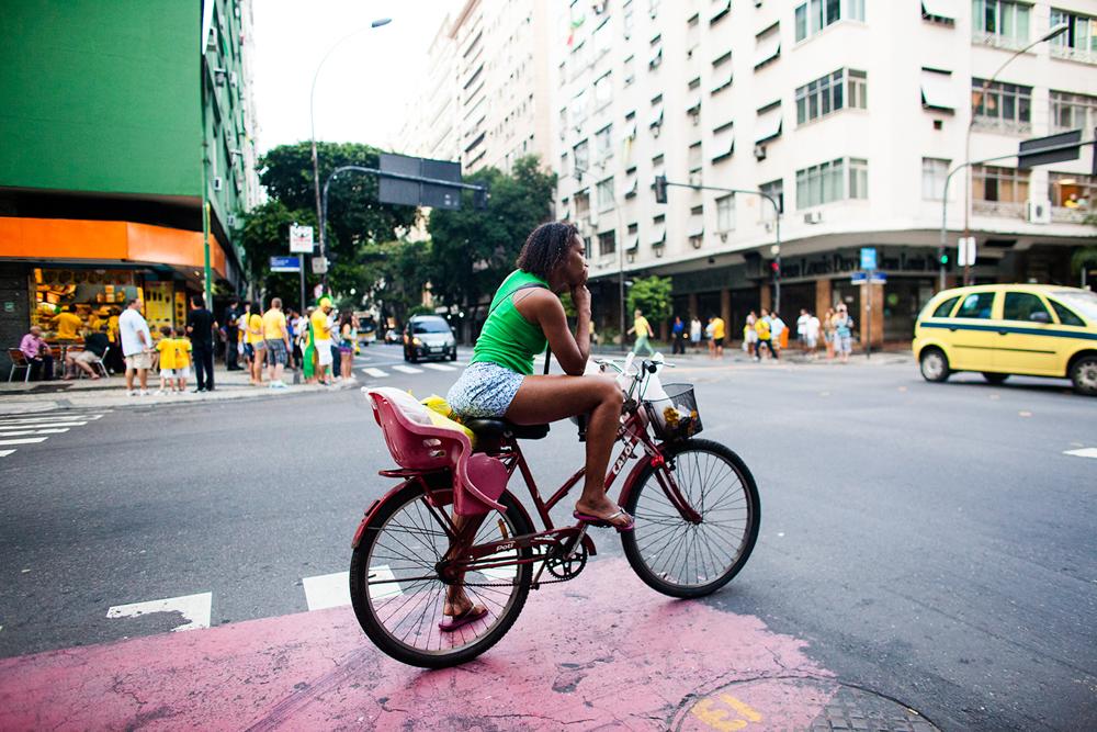 thehundreds-shayna-batya-worldcup-copacabana-08.jpg