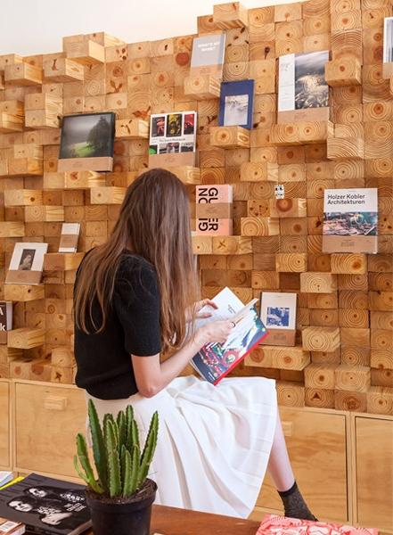 jorge-diego-etienne-wood-wall-5