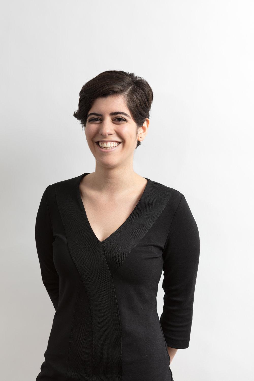 Julia Guzmán Intern @julia_magg