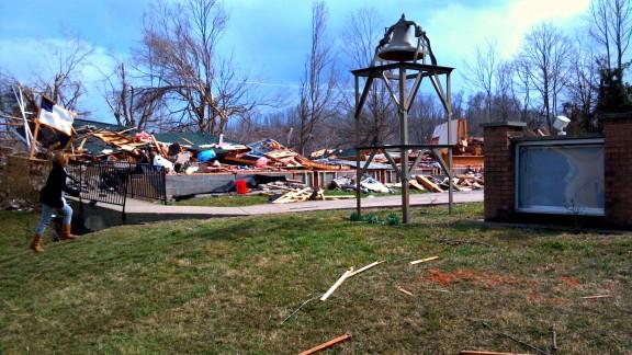tornado-disaster-4