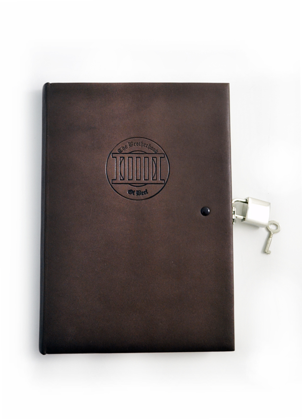 Leather Binding with lock.JPG