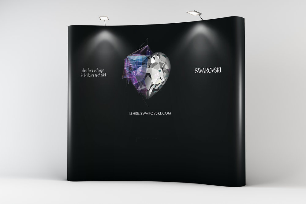 Swarovski_Backwall.jpg