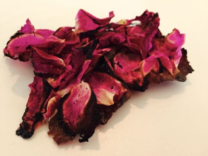 Flatbread and rose petals